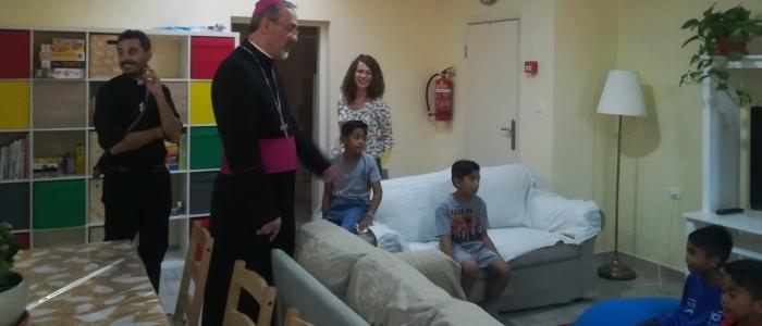Mons Pierbattista Pizzaballa visita la Casa - Famiglia di Gerusalemme