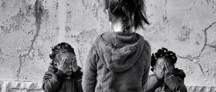 Violenza sui minori - foto di Andrea Vicenzi