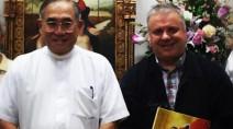 L'Arcivescovo di Bangkok, Cardinale Francis Xavier Kovithavanij, con Giovanni Paolo Ramonda Presidente della Comunità Papa Giovanni XXIII.