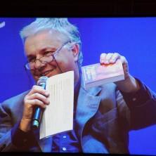 <p>La presentazione del Messalino di Giovanni Paolo Ramonda, successore di Don Benzi</p>