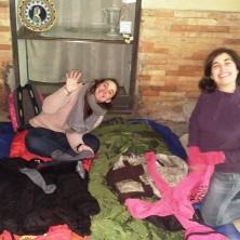 <p>Alcuni volontari hanno dormito per strada come i senza fissa dimora</p>