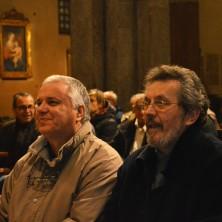 <p>Giovanni Paolo Ramonda insieme a Primo Lazzari, rispettivamente presidente e vicepresidente della Apg23, durante la celebrazione a S. Babila</p>