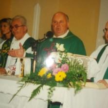 <p>Don Mino, missione in Croazia, 2001</p>