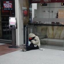 <p>Persona senza tetto che abbiamo incontrato a Bologna</p>