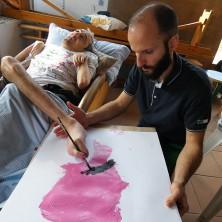 """<p>Guido mentre realizzaun'opera presso il Centro Diurno """"Don Oreste Benzi"""" a Cesena</p>"""
