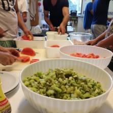<p>I preparativi della festa per il 45&deg; anniversario di Casa Betania</p>