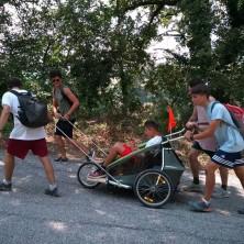 <p>Sinodo dei giovani: Giovanni con Antony in carrozzina verso Roma</p>