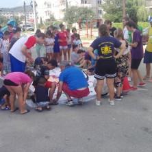 <p>Campo di volontariato fra i bimbi di strada in Romania</p>