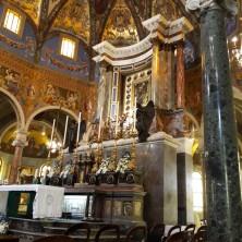 <p>Santuario&nbsp;della Beata Vergine del Santo Rosario a Pompei. Foto di Simonetta Guidi</p>