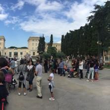 <p>Momento del pellegrinaggio a Pompei della Comunit&agrave; Papa Giovanni XXIII. Foto di Nicoletta Pasqualini</p>