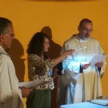 <p>Barbara con Mons. Pizzaballa all&#39;inaugurazione della casa-famiglia di Gerusalemme</p>