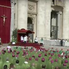 <p>Un momento della Messa d'apertura del Sinodo sui giovani</p>