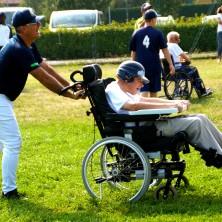 """<p>A Cuneo, ogni anno, la Apg23 organizza il torneo """"Don Oreste Benzi"""", dove atleti disabili e non, stranieri e non, si cimentano in gare di atletica, baseball e bocce. Foto di Andrea Silvestro</p>"""