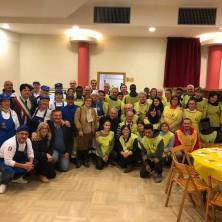 <p>Pranzo per i senza fissa dimora in occasione della giornata dei poveri a Rimini</p>
