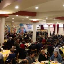 <p>Pranzo per i senza fissa dimora e i volontari in occasione della giornata dei poveri a Rimini</p>