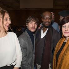 <p>Alcuni membri del cast del film <em>Solo cose belle</em></p>