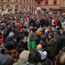 <p>In mille per le vie di Bologna in marcia per la pace</p>