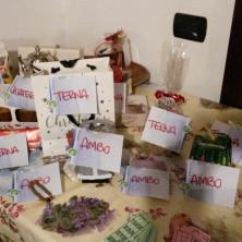 <p>Premi per la Tombola di Natale alla Capanna di Betlemme a Milano</p>