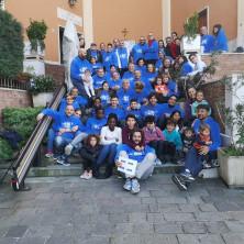 <p>Volontari alla Capanna di Betlemme di Chieti</p>