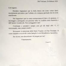 <p>La lettera con la risposta di Papa Francesco</p>